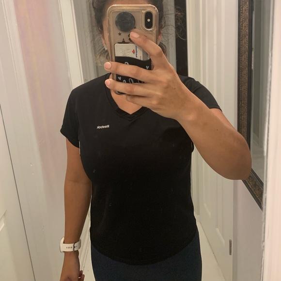 Reebok Tops - Reebok dry fit shirt